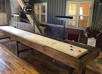 Michigander Shuffleboard Tables
